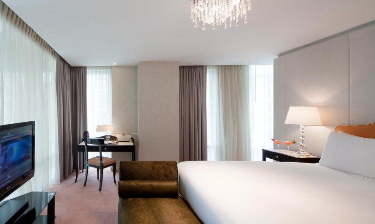 Gansevoort_park_avenue-hotel-Newyork-bedroom-timetostay